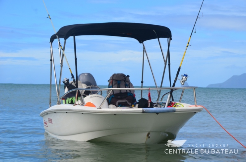 BOSTON WHALER 130 SUPER SPORT. 3.png