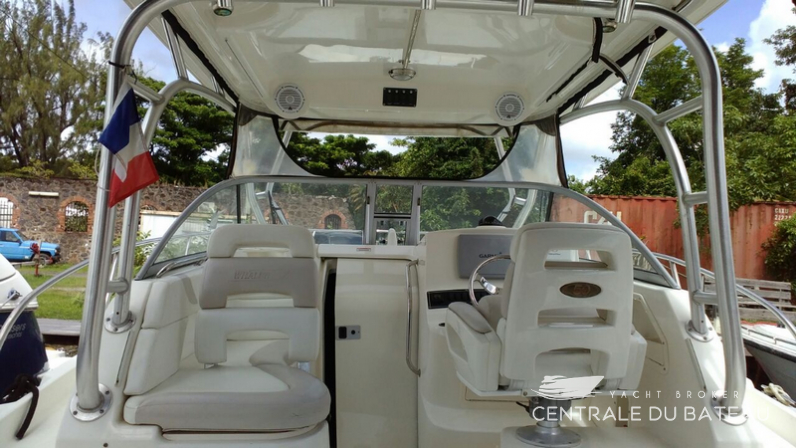 BOSTON WHALER 285 CONQUEST (2).png