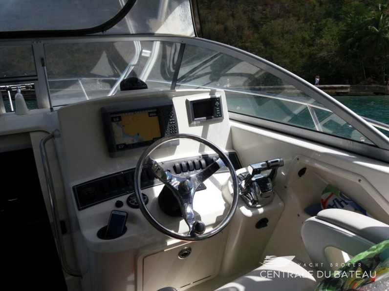 BOSTON WHALER 285 CONQUEST (9).png