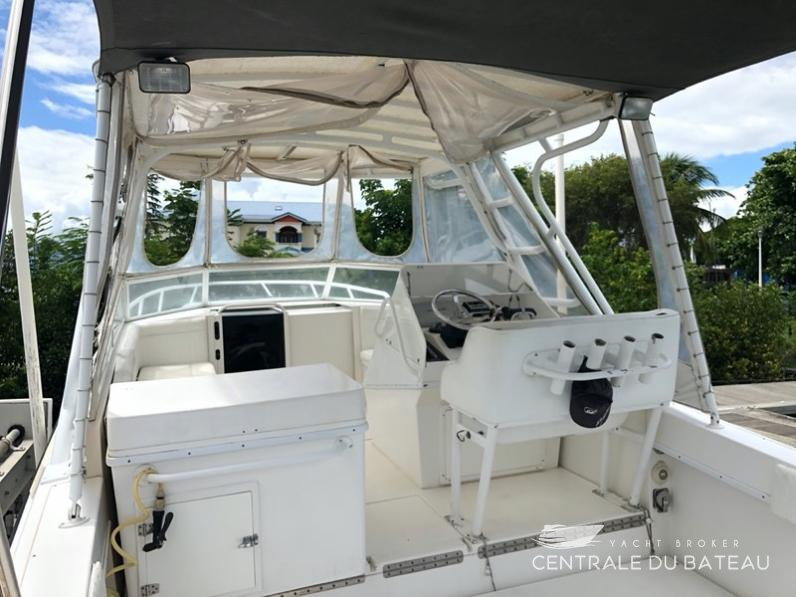 CONTENDER 35 SIDE CONSOLE. 4.jpg